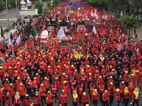 Tak Hanya Fasis, Massa Buruh Juga Sebut Jokowi Tidak Cinta Tanah Air