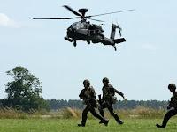 Halangi Massa Aksi 212, Tentara Nangis di Pintu Helikopter, Habib Rizieq Heran