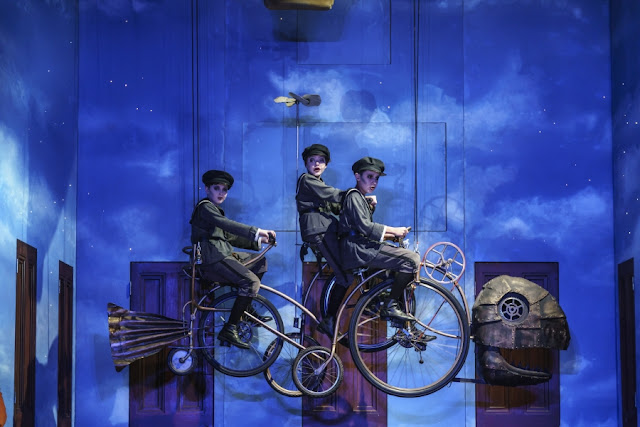 WNO The Magic Flute - The Three Boys