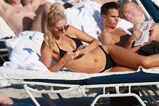 Selena-Weber-in-Black-Bikini--14+sexycelebs.in.jpg