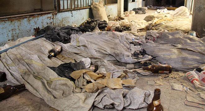 Madde bağımlıları Diyarbakır Sur Güçlü Pasajı esnafını tedirgin ediyor