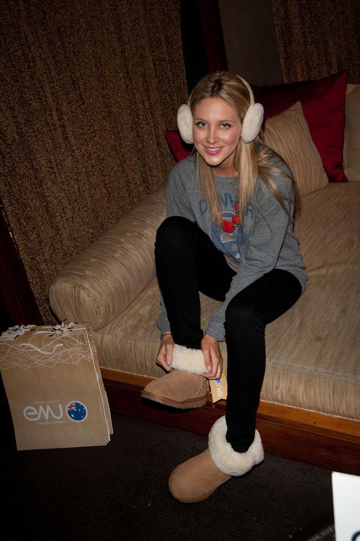 Lifestyle How Celebrities Wear Emu Australia Shoes Boots