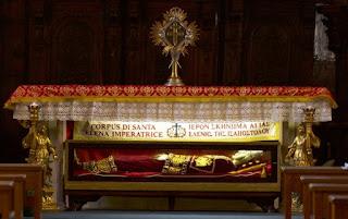 Κουβέντα και δυσφορία στη ΔΙΣ για το «σκήνωμα» της Αγίας Ελένης