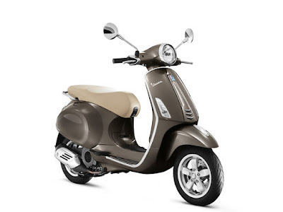 New Vespa SXL 125 coffee colour