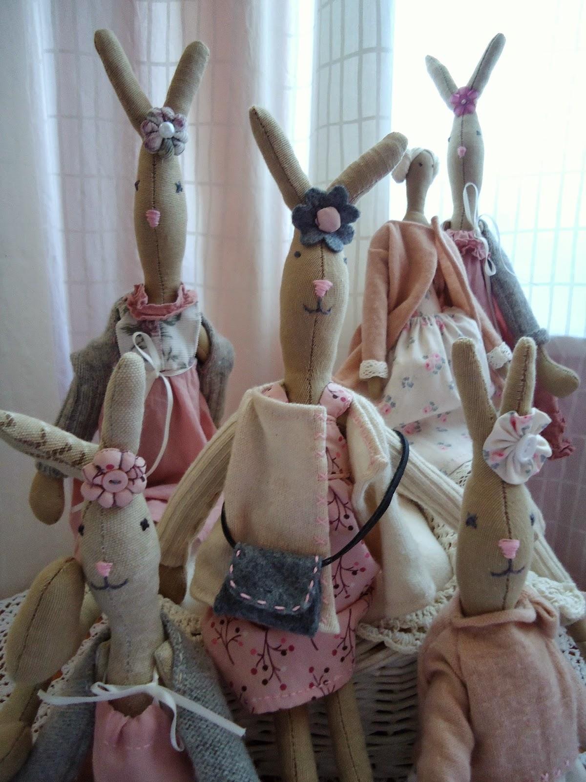 króliki w pastelowych ubrankach diy