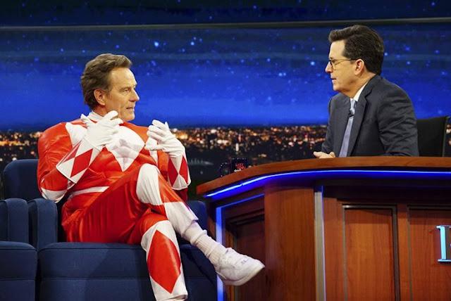 Bryan Cranston se viste de Power Ranger rojo para esta entrevista