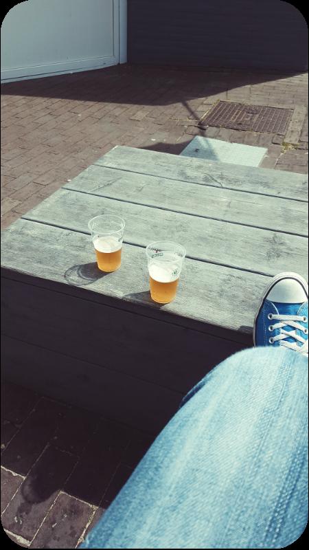 Bier bei Melis Seafood in Westkapelle | Arthurs Tochter Kocht von Astrid Paul