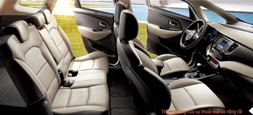 kia rondo toyota tan cang 3 -  - So sánh Toyota Innova và KIA Rondo : Đĩnh đạc và trẻ trung