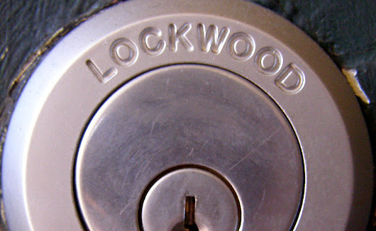 How Can professional Locksmiths Help