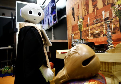 Tinuku.com Softbank's Monk robot launched to serve funeral
