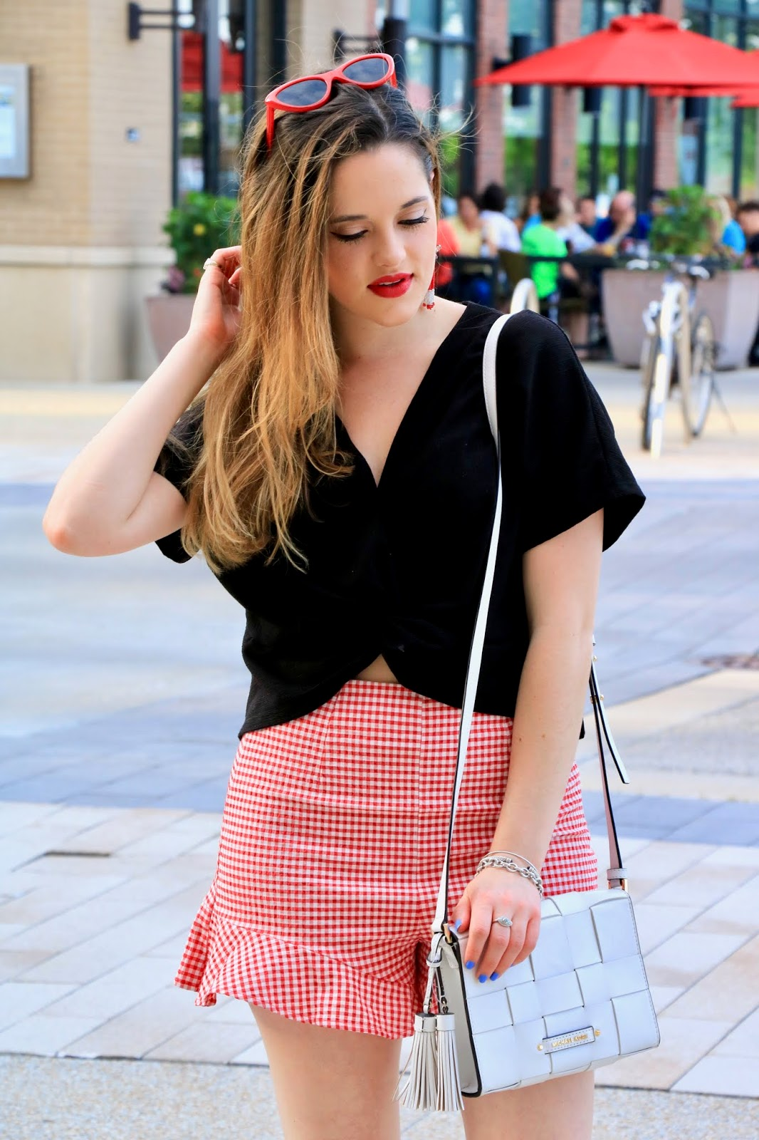 Nyc fashion blogger Kathleen Harper's summer date night outfit ideas