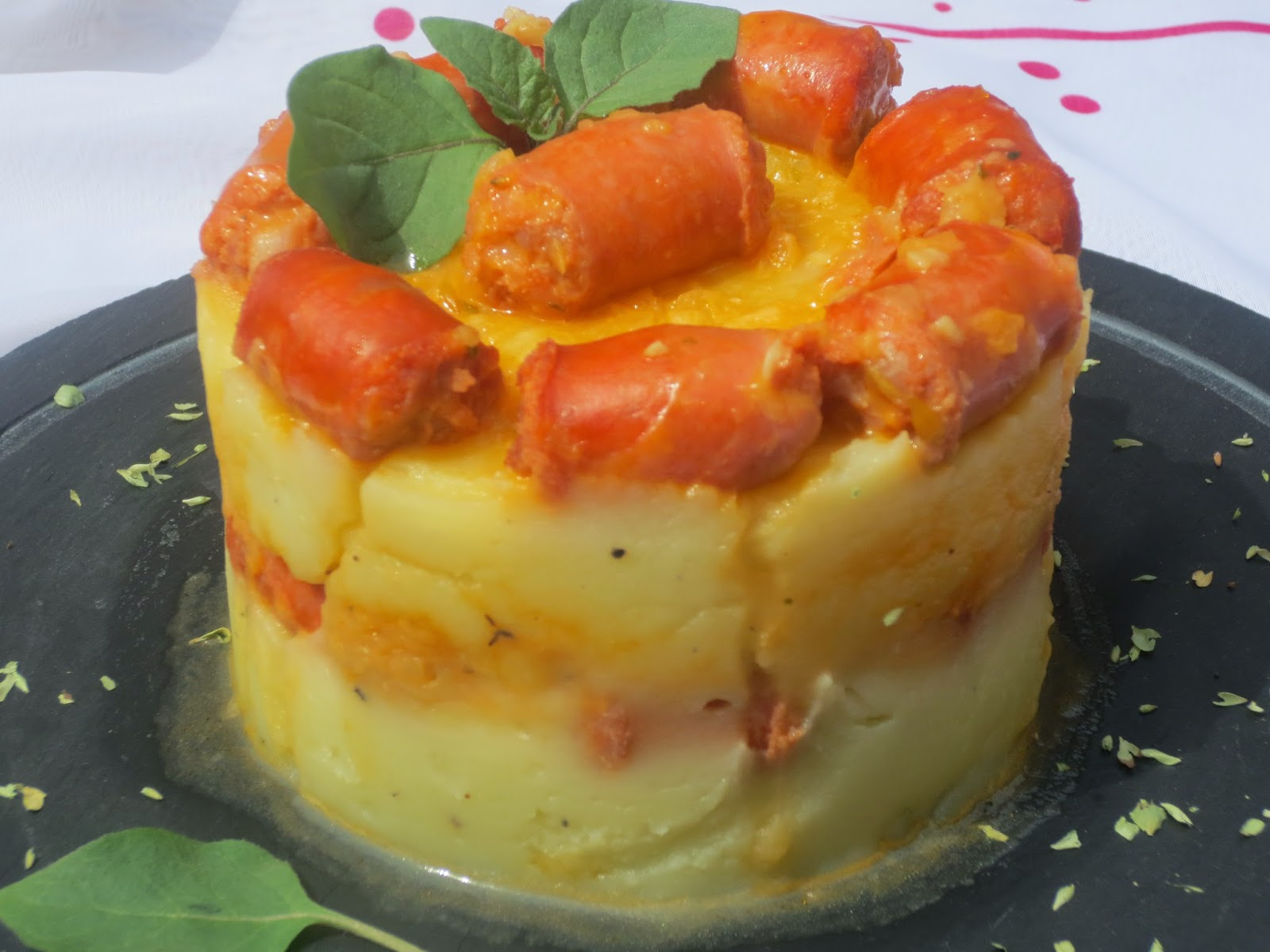Salchichas con puré de patata Ana Sevilla con Thermomix