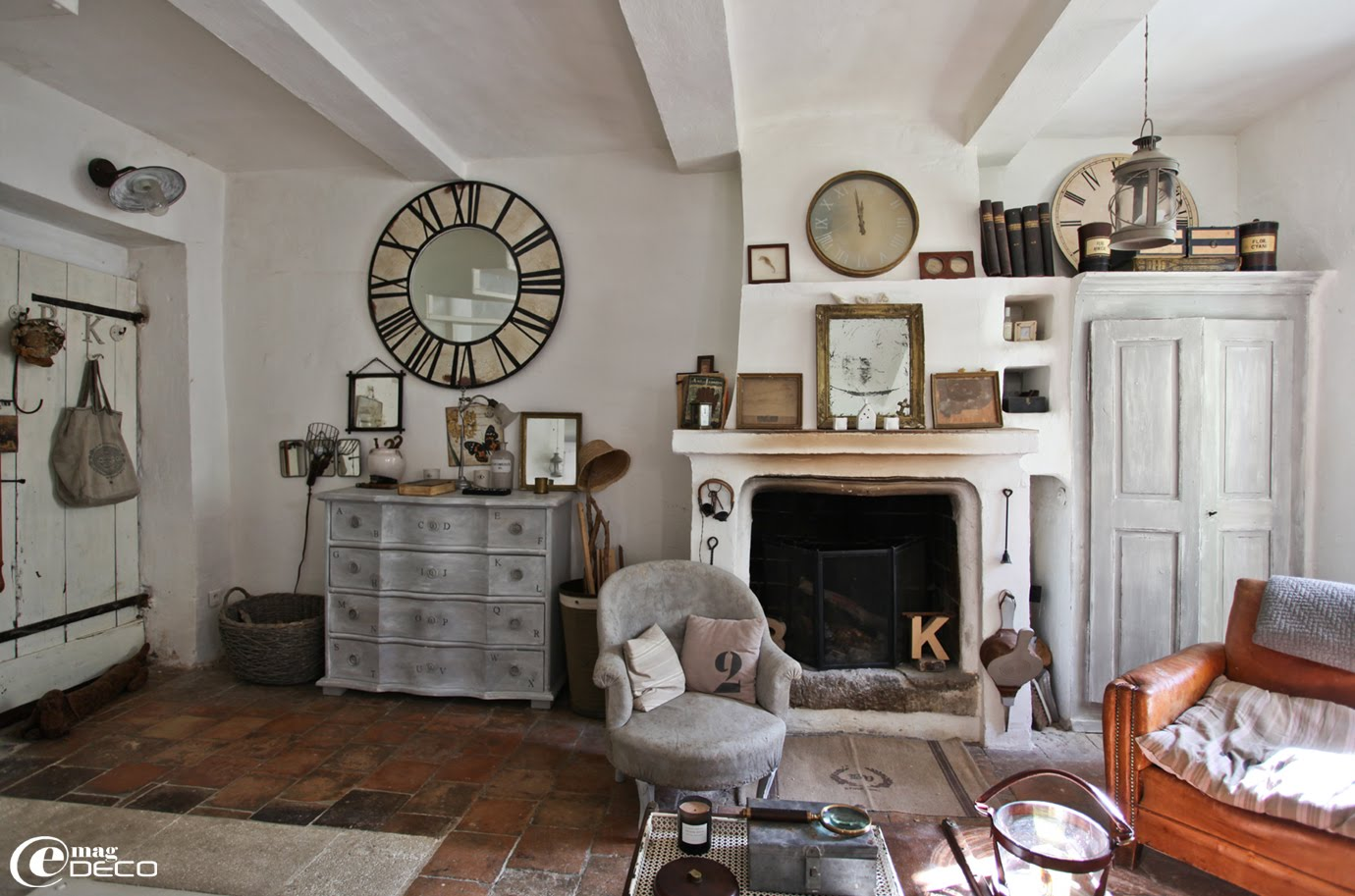 February 2012 inspiring interiors - Deco salon vintage ...