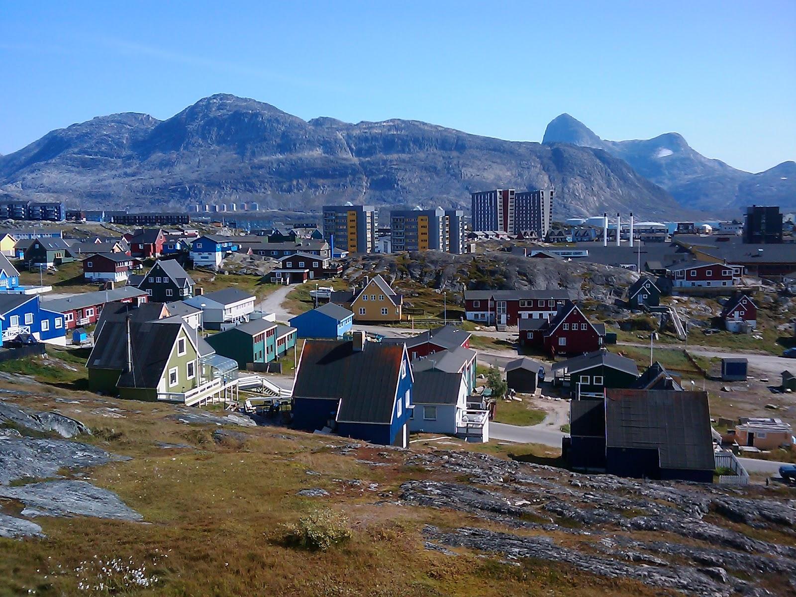 Frk. Soja i Grønland: Bolig, arbejde og Nuuk