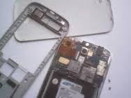 Cara mengganti touch screen (layar sentuh) dan LCD pada smartphone Samsung S4 KW