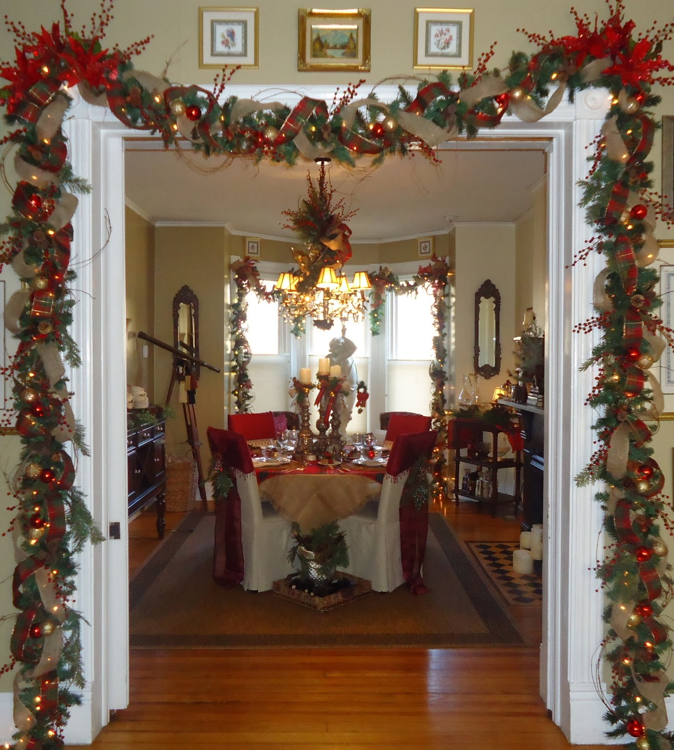 Lee's Hideaway: Christmas Decorating On Black Friday