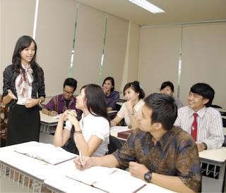Program Ekstensi Ekonomi S1 Manajemen: Lanjutan dari D3 ke S1 Manajemen