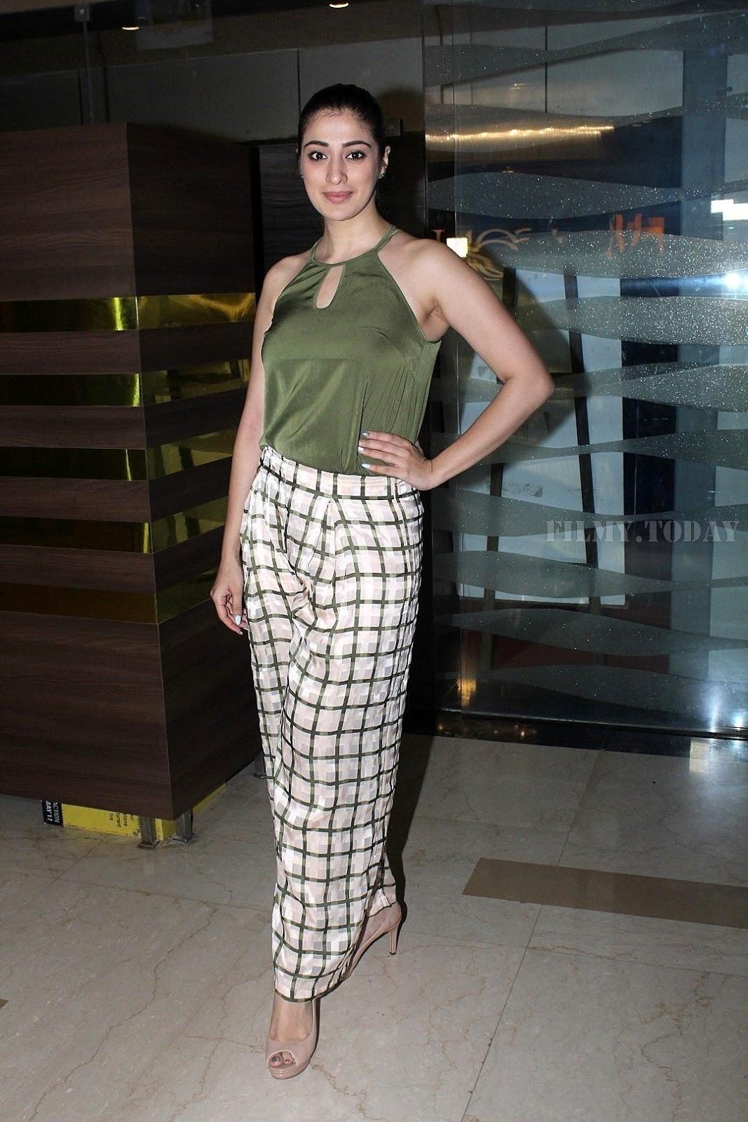 Julie 2 actress Raai Laxmi Photos at Special Screening of her upcoming Film