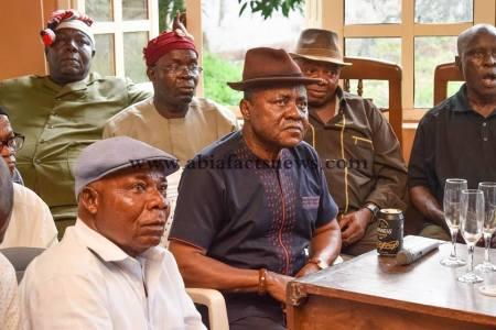 Nkporo Community Battle 2019: elders abandon ude oko chukwu, backs arua arunsi for house of reps (photos)