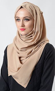 4 Tips Cara Memilih Jilbab Yang Sesuai Dengan Bentuk Wajah