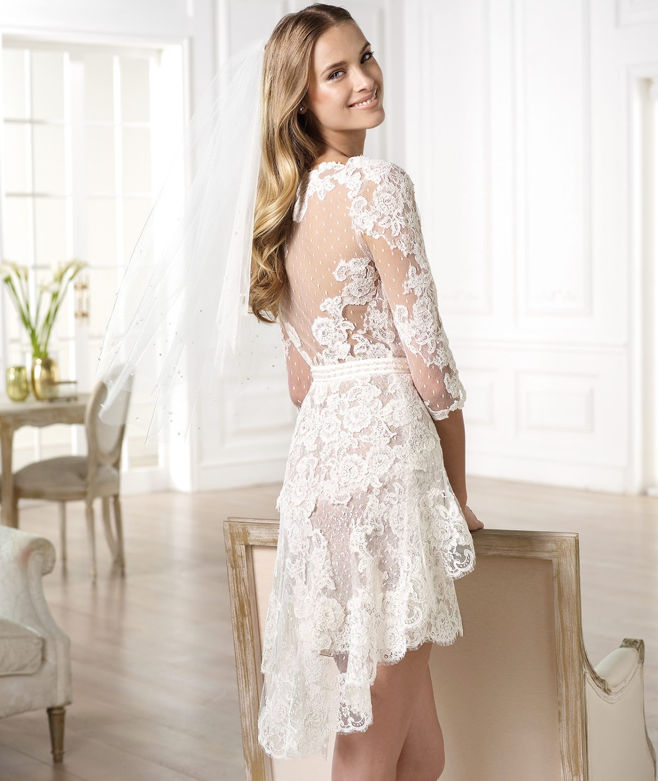 Get feminine look with short lace wedding dresses for No lace wedding dress