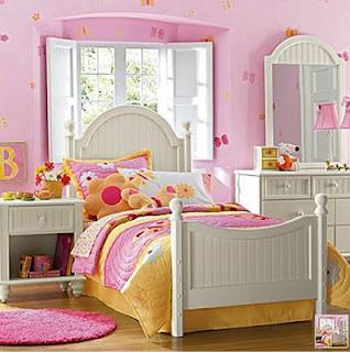 habitación rosa blanco niña