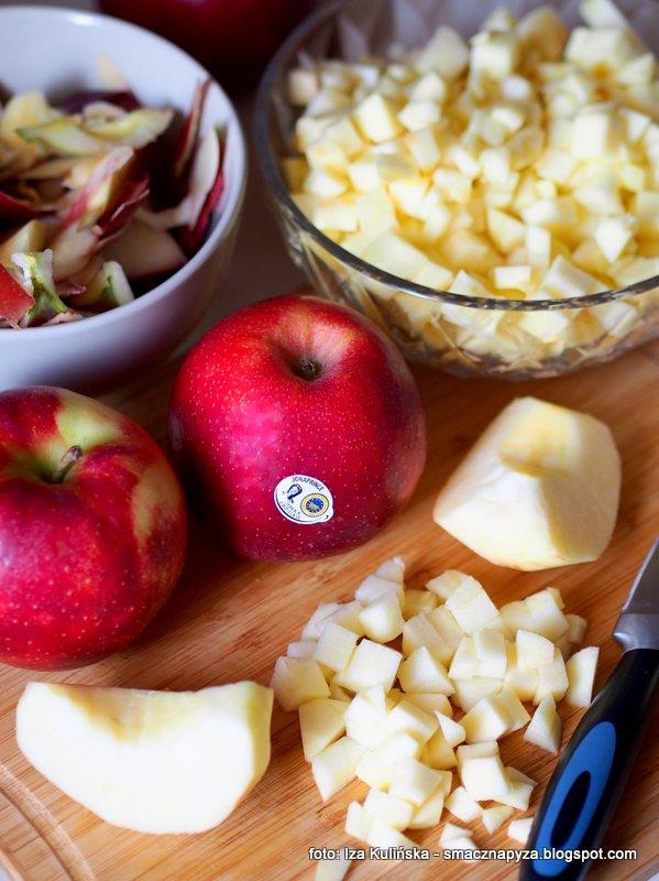 jablka grojeckie, rej jonaprince, owoce, czerwone jabluszko, moje ulubione, soczyste i twarde, smak jablka, najlepsze