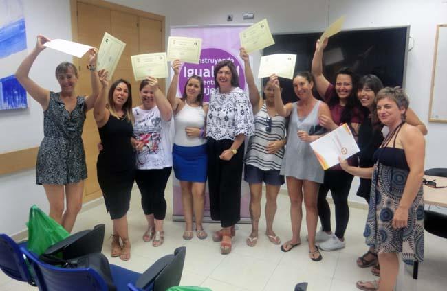 El 45 de mujeres del curso de camarera de piso han encontrado trabajo noticias de chiclana - Camarera de pisos curso gratuito ...
