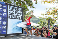 14 Prize Giving Billabong Pro Tahiti 2016 foto WSL Kelly Cestari