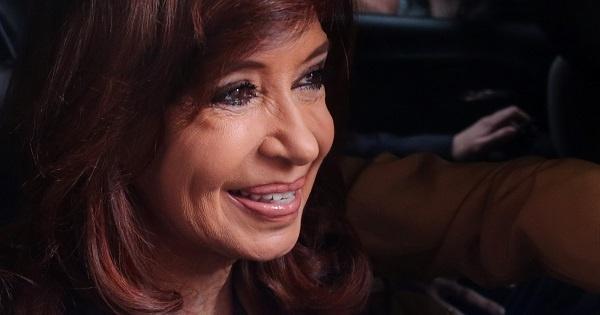 Cristina Fernández testifica sobre muerte de hijo de Menem