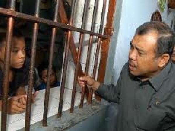 sanksi pidana bagi penyidik
