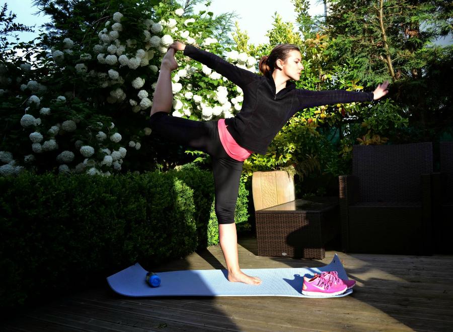http://www.theblondeandbrowngirl.com/2014/04/yoga-x-chia.html