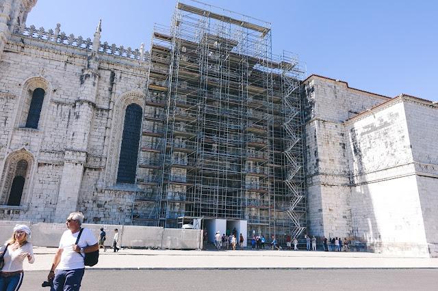 ジェロニモス修道院(Mosteiro dos Jerónimos)の外観