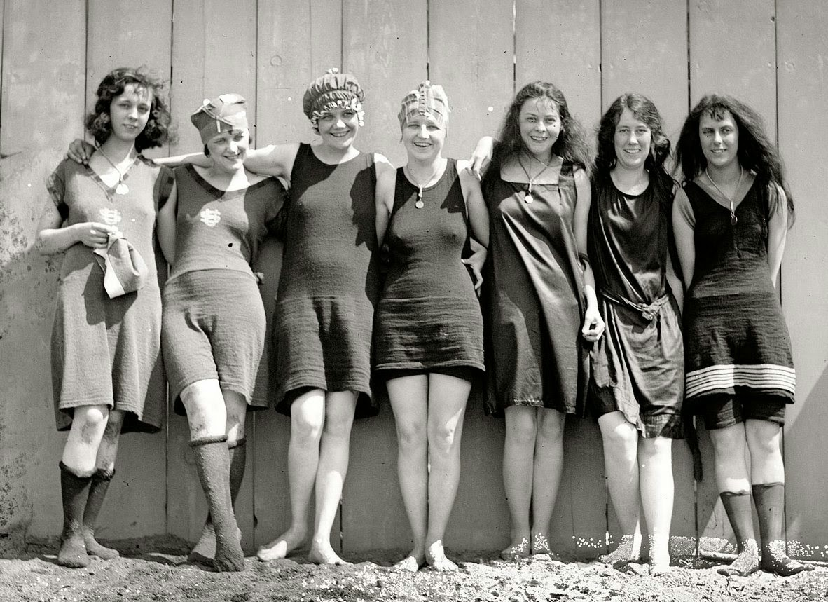 Bathing Beauties In Potomac Ca 1920 Vintage Everyday