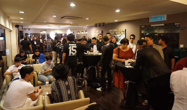 Sekitar MASKULIN COCTAIL PARTY