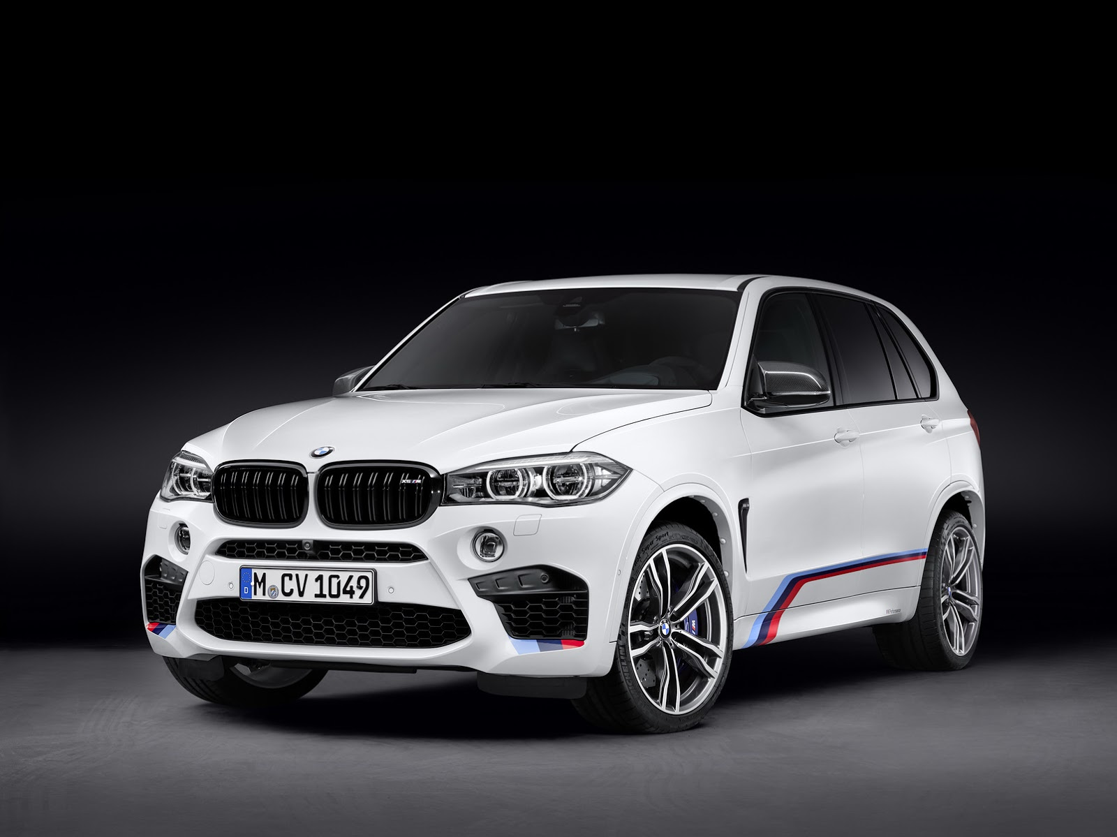 New Bmw X5m And X6m Graced With M Performance Parts