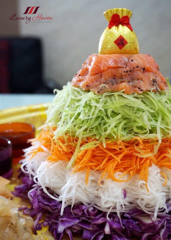creative chinese new year salmon yu sheng recipe