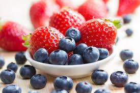 مقدار السعرات الحرارية في الفواكه الطبيعية