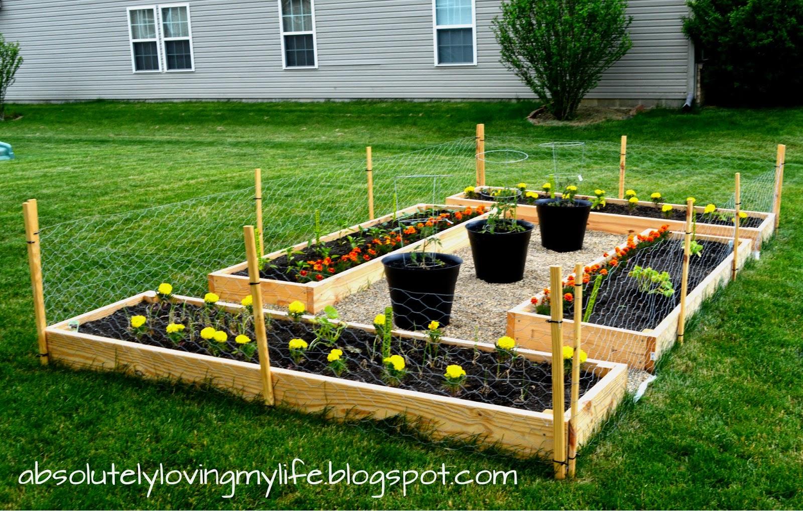 Loving Life: DIY Backyard Raised Garden Beds for Beginners