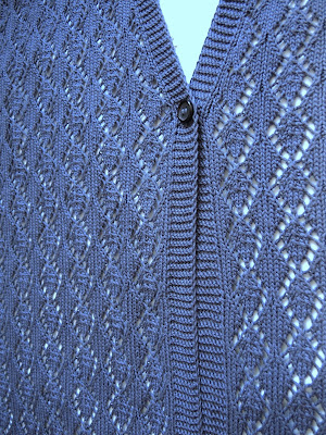 gilet.jpg, vest, waistcoat, jacket,vest made of cotton, knitting, crocheting, knit, жилет, вязаный жилет из хлопка, мерсеризованный хлопок, вязание, планка связанная с полочками, синий, вязание на заказ