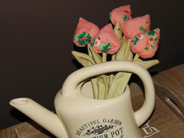 tulipany z tkaniny