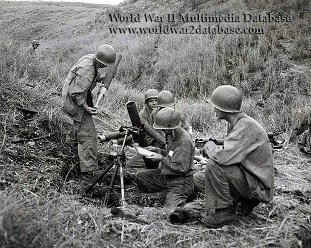 World War Ii Pictures In Details Us Marine Mortar Squad