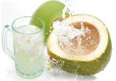 20 Manfaat Dahsayt Air Kelapa Hijau untuk Kesehatan Kita