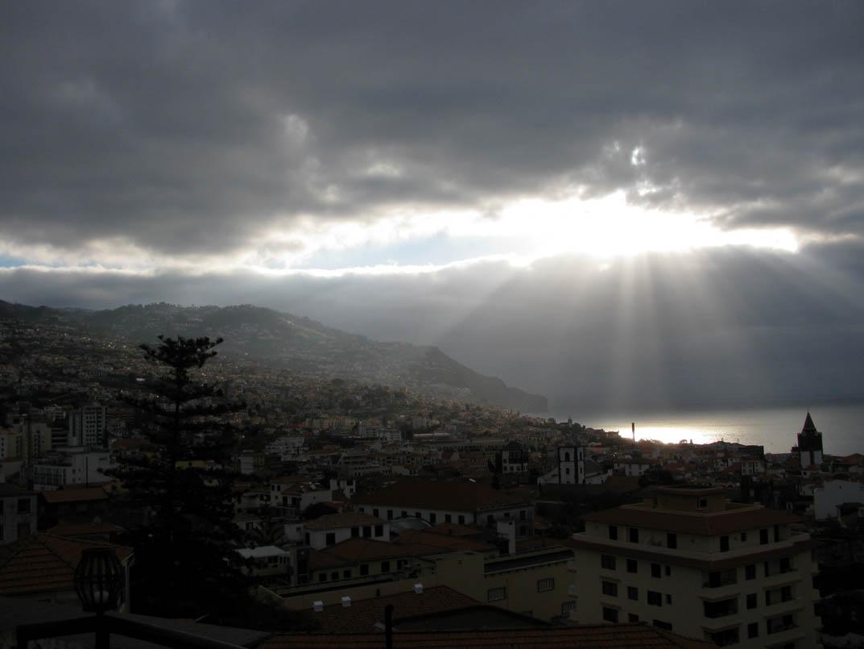 sun in a cloudy day