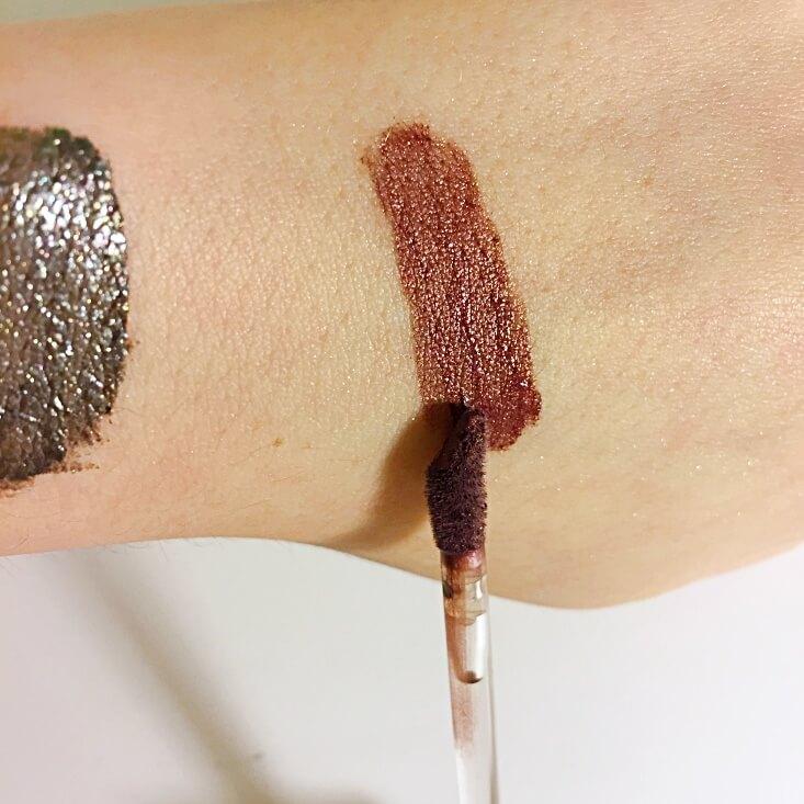 wet n wild megalast Liquid Catsuit Metallic Lipstick I Don't Dessert You swatch