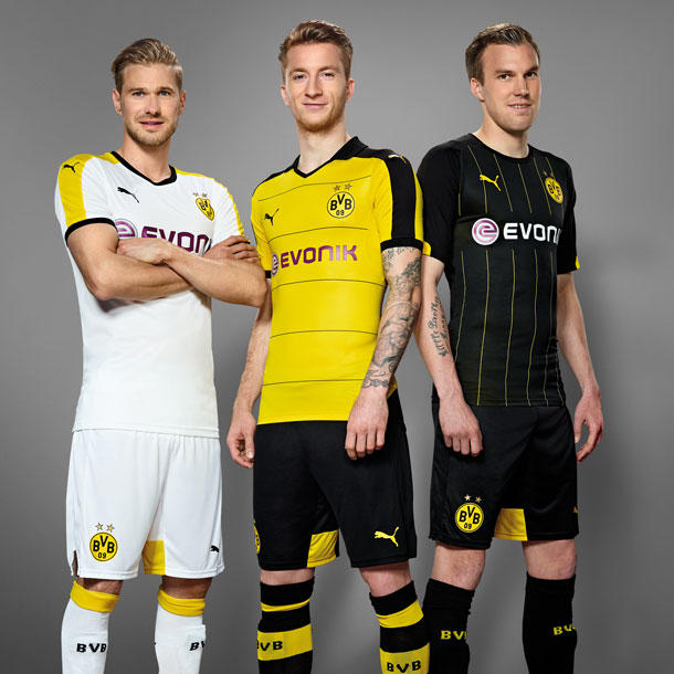 BVB's last new third kit was white with yellow and black applications