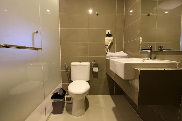 Hotel Sky Inn Express Batam Hanya 3 Menit ke Bandara Hang Nadim Batam
