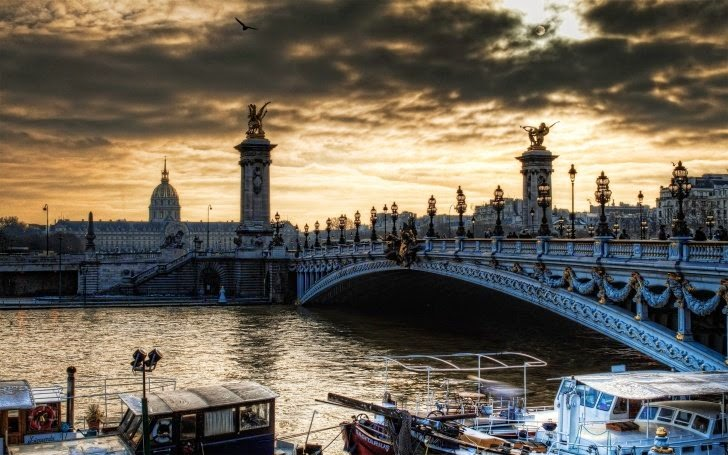 6 – Pont Alexandre III, Paris, France - 11 Architectural Places You Should See Even Once in Your Life!