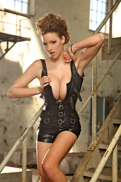 JOCA-Factory-of-Love-photo-shoot-hot-sexy-hd-image-11