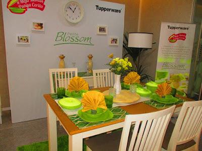 Petite Blossom Tupperware